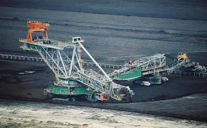 国家能源局提出 煤炭消费比重今年降至57.5%